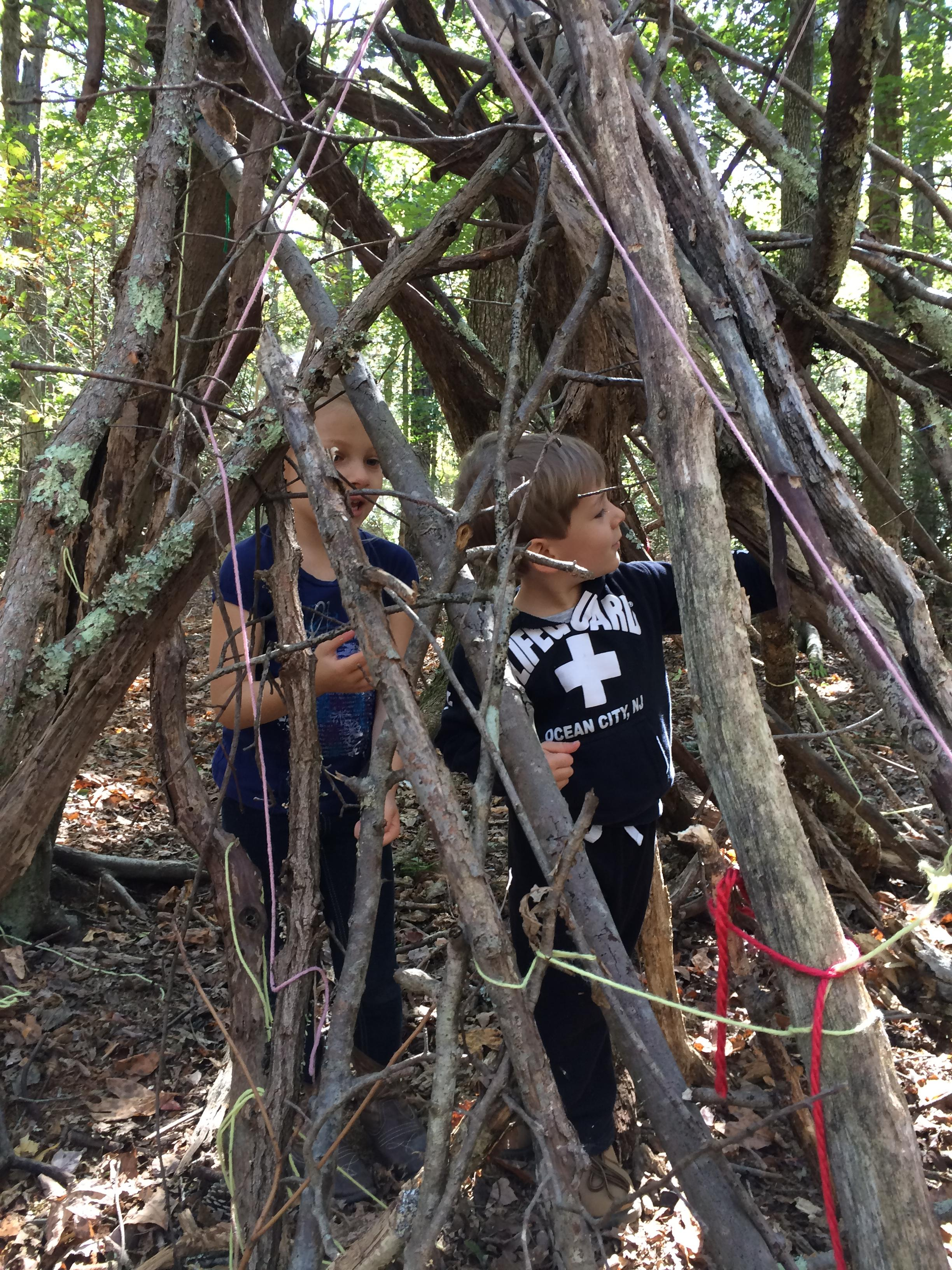 fort building forest school