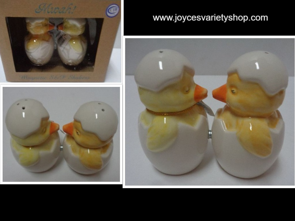 MWAH Magnetic Salt & Pepper Shakers Kissing Baby Chickens