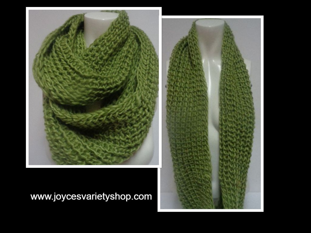 "Winter Scarf Green NWT Women's Sz Adult 27"" Infinity Style"