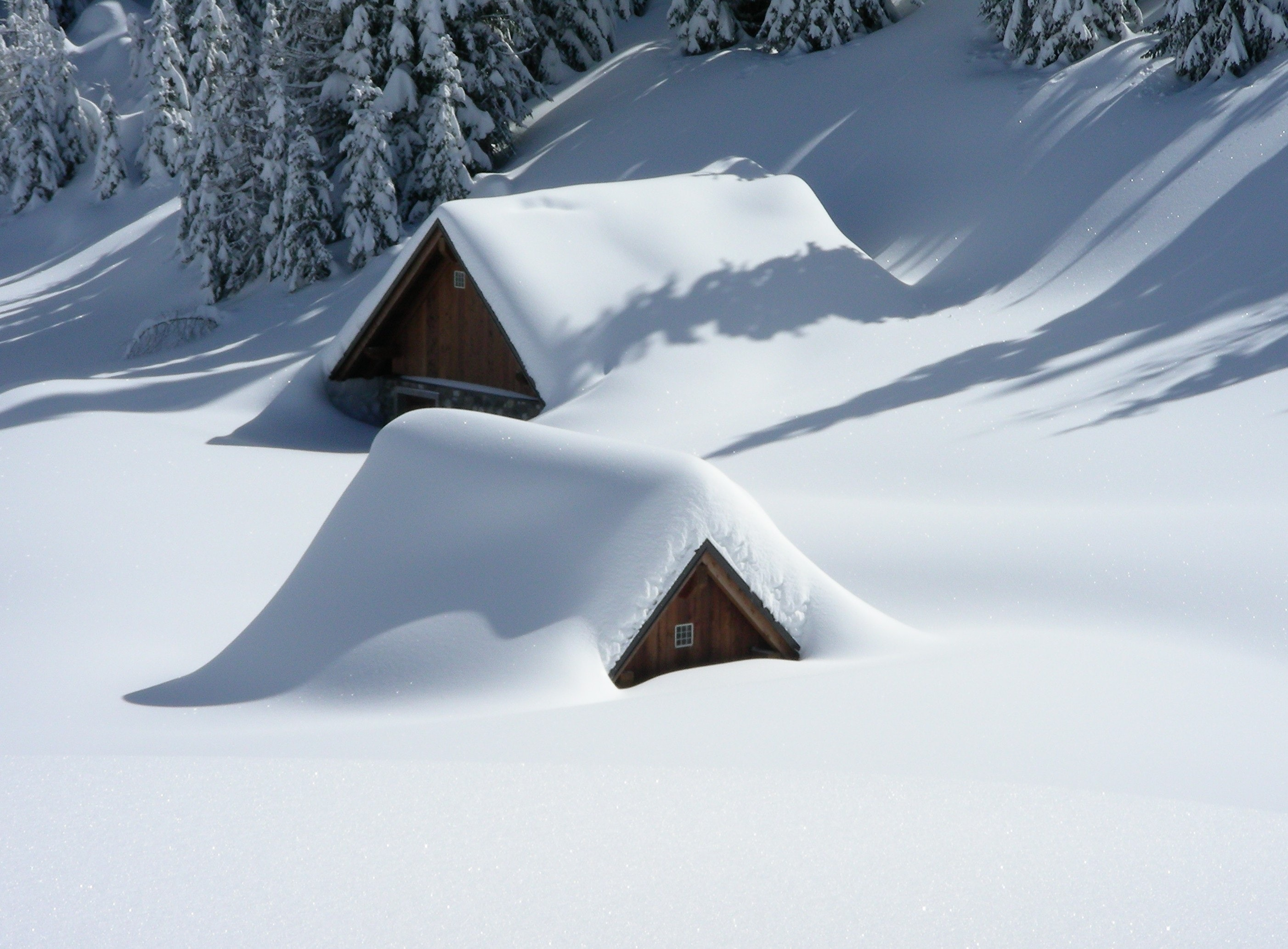 Two Tips on How to Winterize Your Manufactured Home