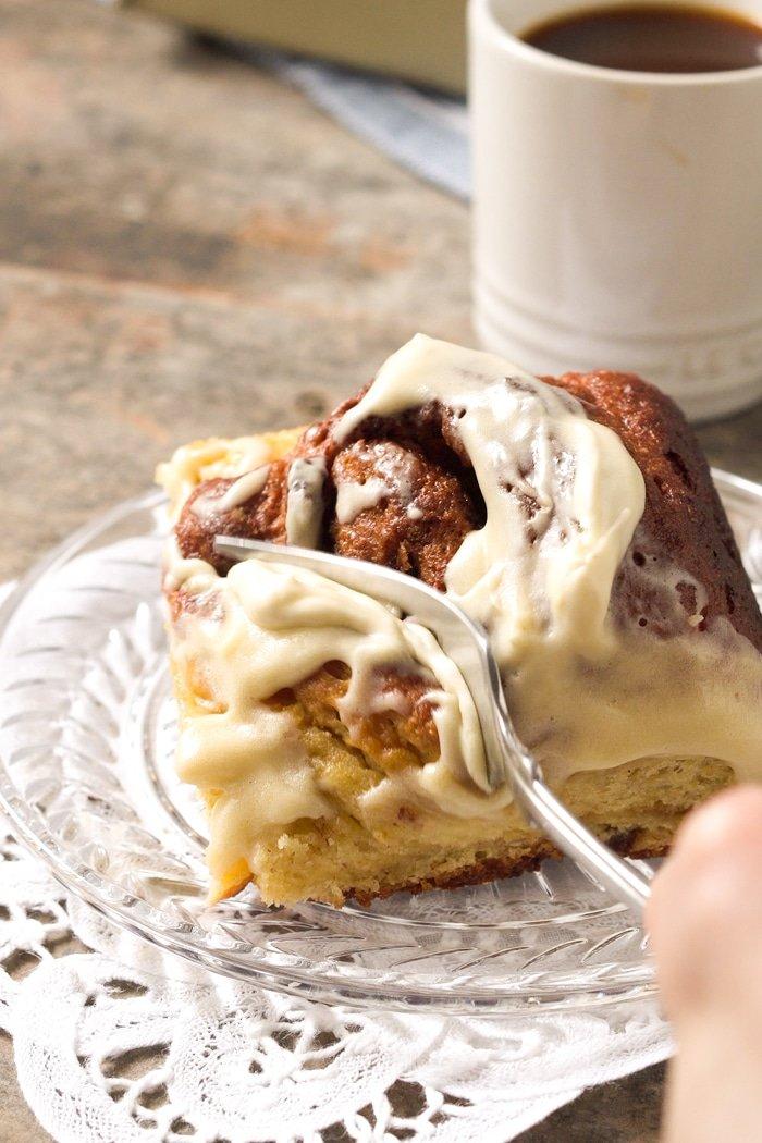 Gluten-Free-Paleo-Keto-Cinnamon-Rolls-by-Gnom-Gnom-16jpg