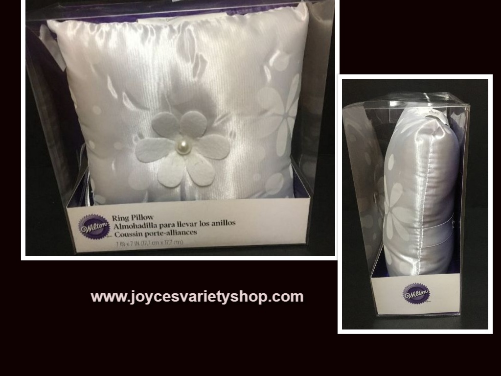 "Wedding Ring Pillow White Floral 7"" x 7"" Wilton"