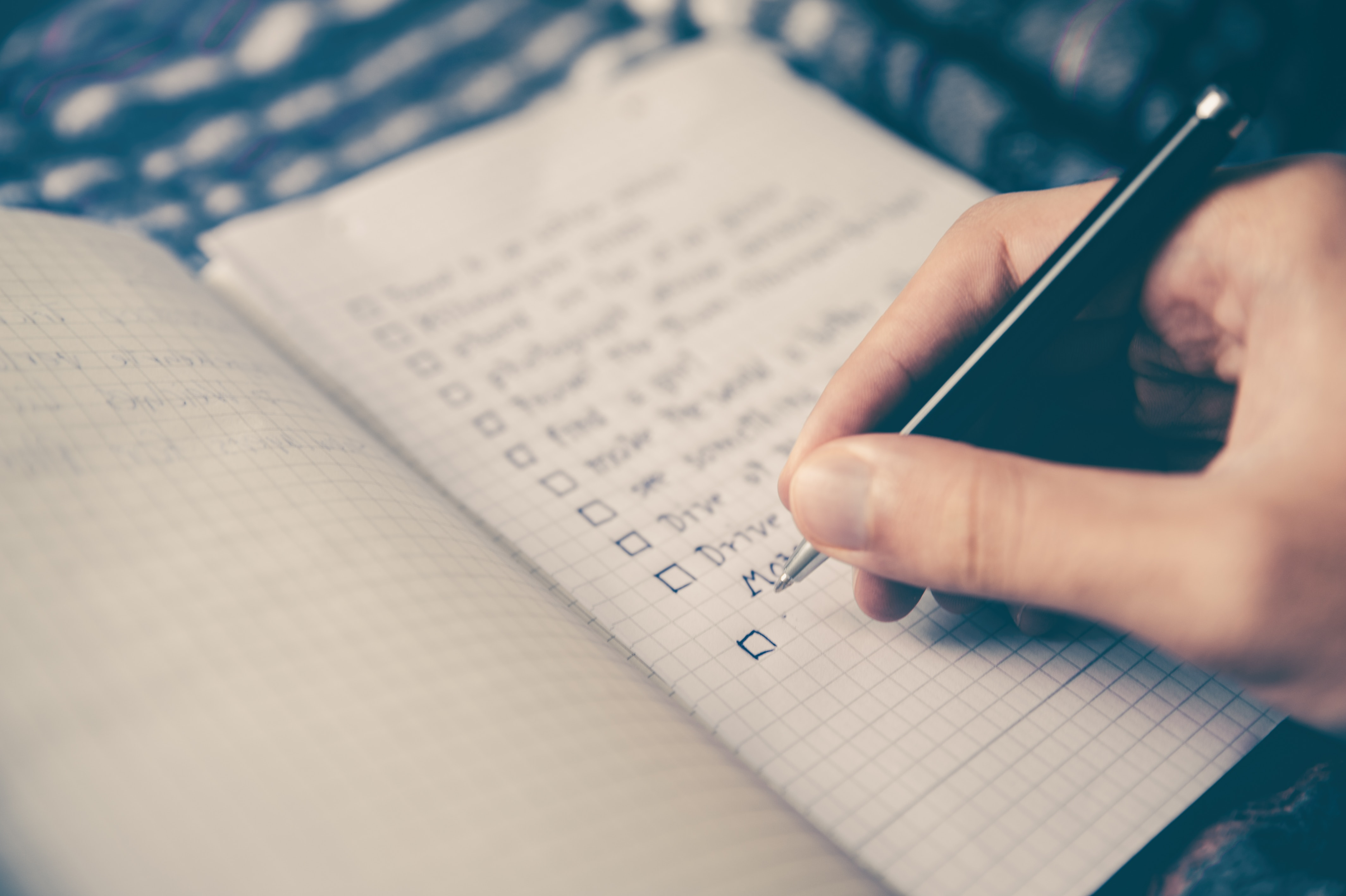13 Point Year-End Planning Checklist for Your Business by B2B CFO