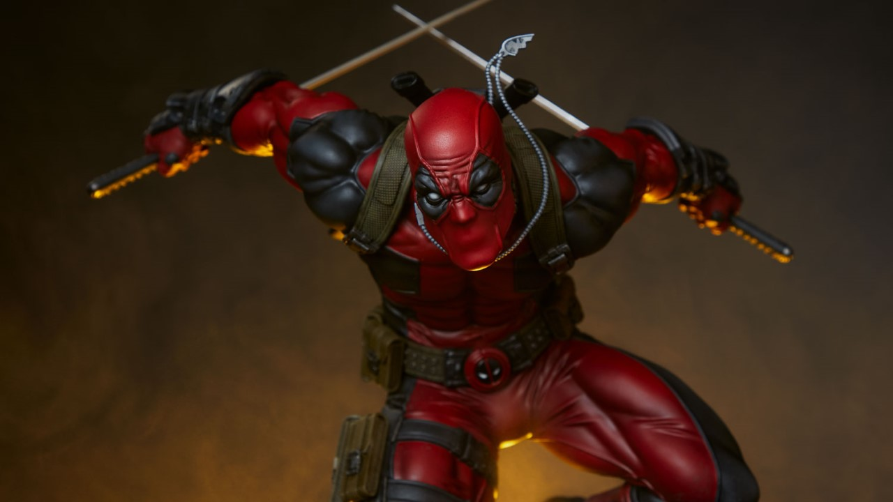 Deadpool Sideshow Statue